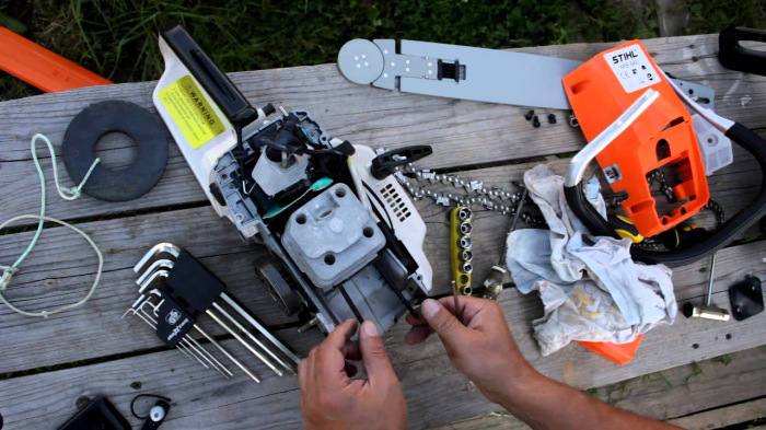Поломка инструмента пугает лучше законов. /Фото: смарт51.рф.