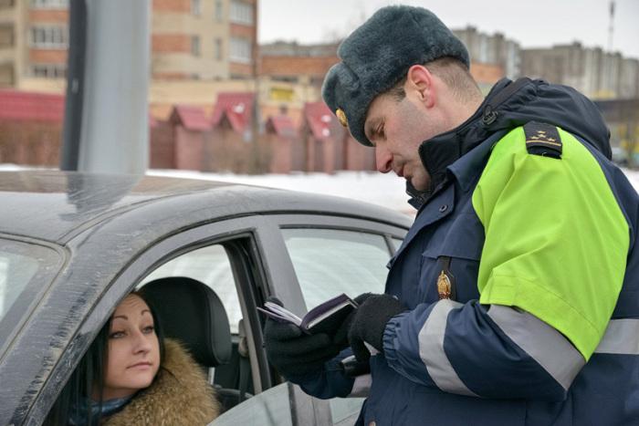 Смотрят на поведение водителей. /Фото: masheka.by.