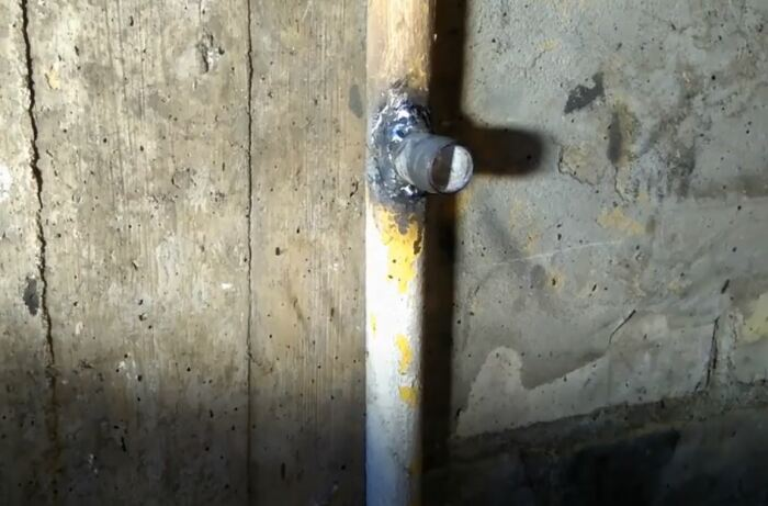 Привариваем резьбу при помощи сварки. /Фото: youtube.com.