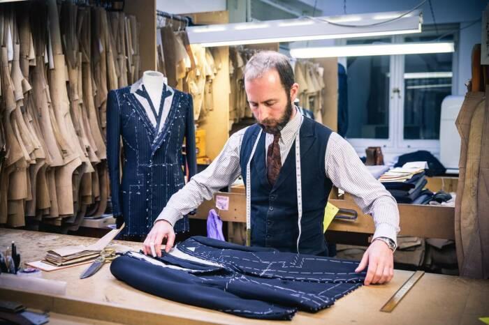 Конструкция костюма - важнейшее отличие. /Фото: yandex.by.