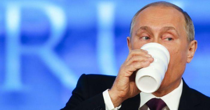 Президент с ней постоянно. /Фото: mistovechirne.in.ua.