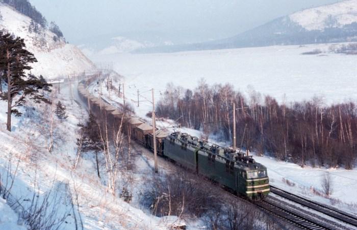 Длиннее этих железных дорог нет.