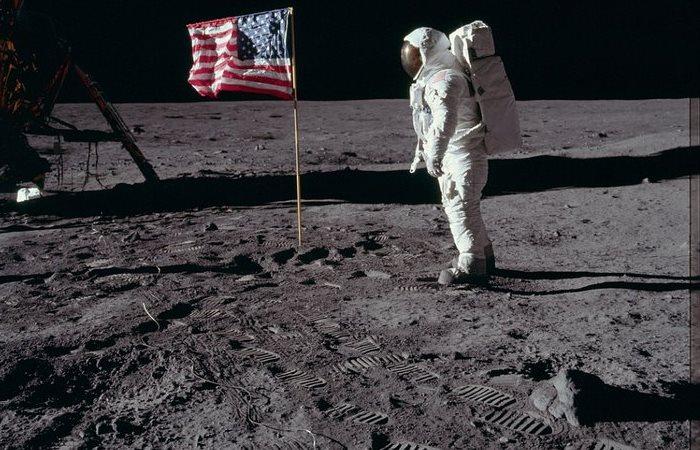 Неопубликованные фото миссии Аполлон.