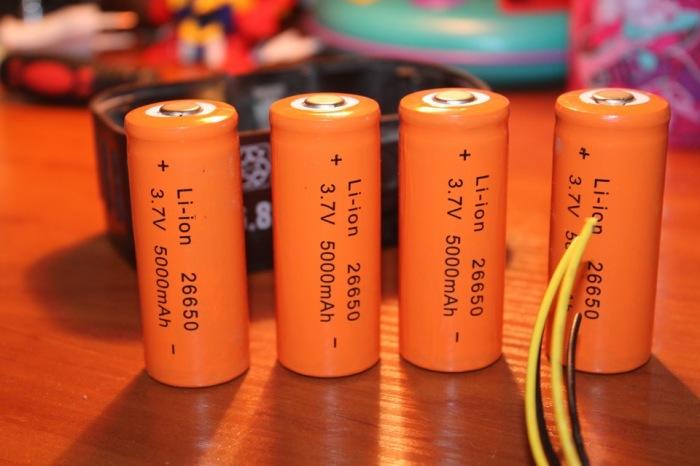 Сначала нужно купить аккумуляторы. /Фото: drive2.ru.
