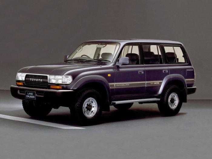 Land Cruiser 80 был машиной сопровождения.
