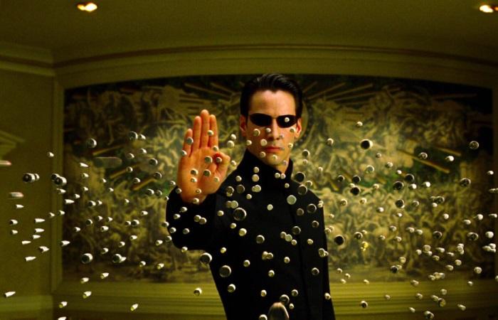 Мифы об оружии созданные кино.