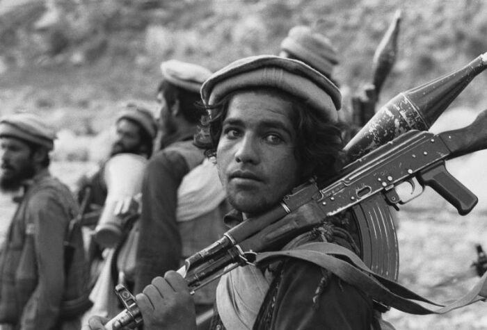 В медийное пространство паколь попала как символ моджахедов усилиями западных СМИ в годы Советско-Афганской войны. /Фото: r-ed.ru.