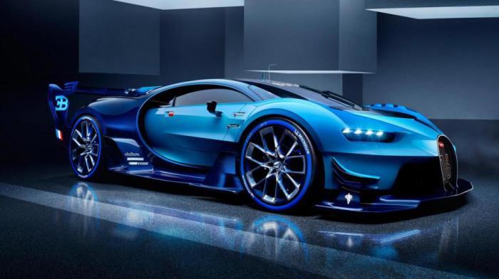Популярный Bugatti Chiron бегает резво.
