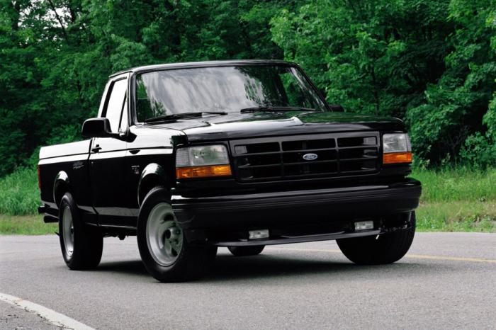 Американская любовь Ford F-series.