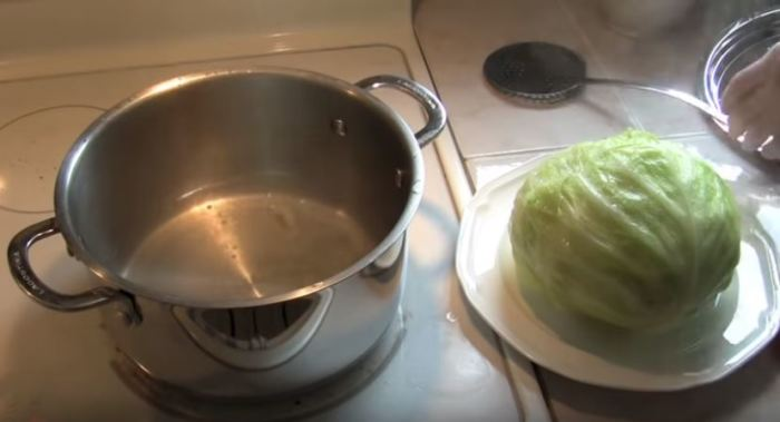 А дальше применяем любой рецепт голубцов. /Фото: youtube.com.