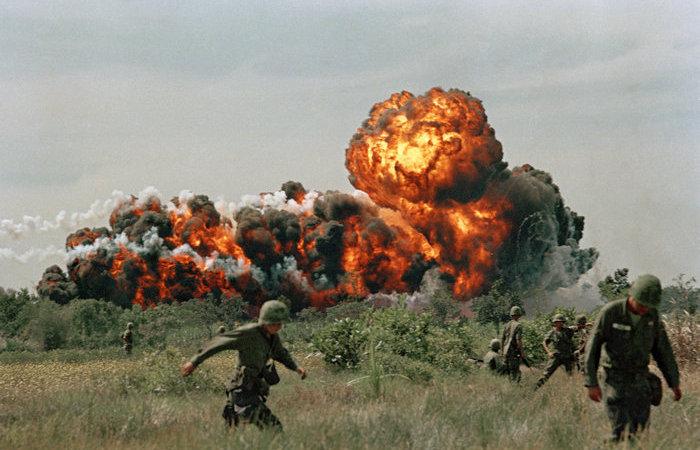 Больше всего досталось Вьетнаму. /Фото: buzzfeed.com.