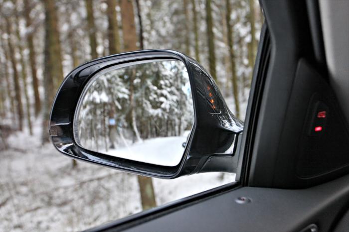 Стоит помнить о важности зеркал. /Фото: autonews.ru.
