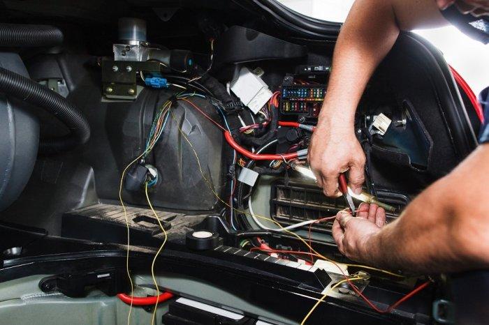 Плохую проводку надо заменить. /Фото: 2gis.ru.