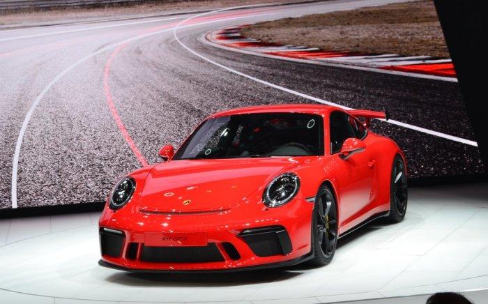 2018 Porsche 911 GT3 - идеальный ситикар для города.