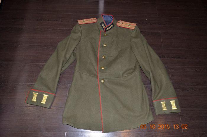 В первую очередь инновации коснулись офицерской одежды. /Фото: starina.ru.