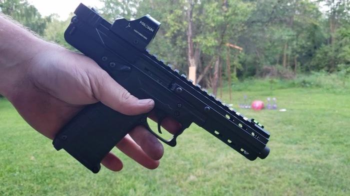 Получился интересный пистолет. /Фото: YouTube.