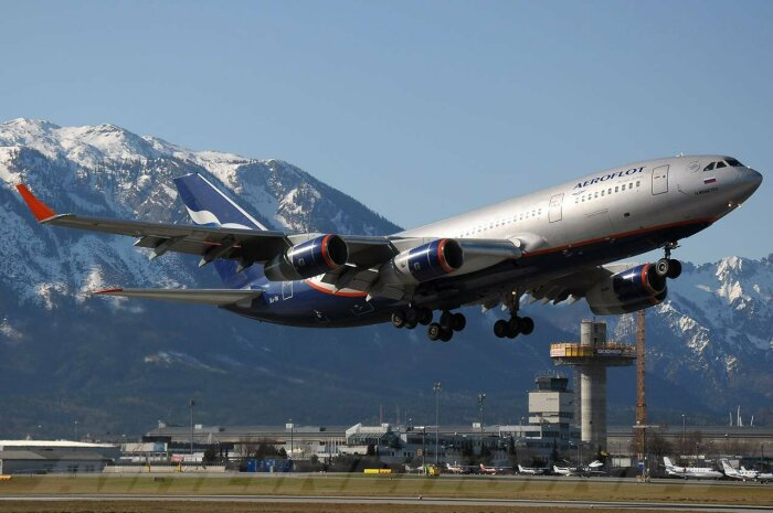 Сегодня используется 300-ая модель Ил-96. /Фото: yaustal.com.