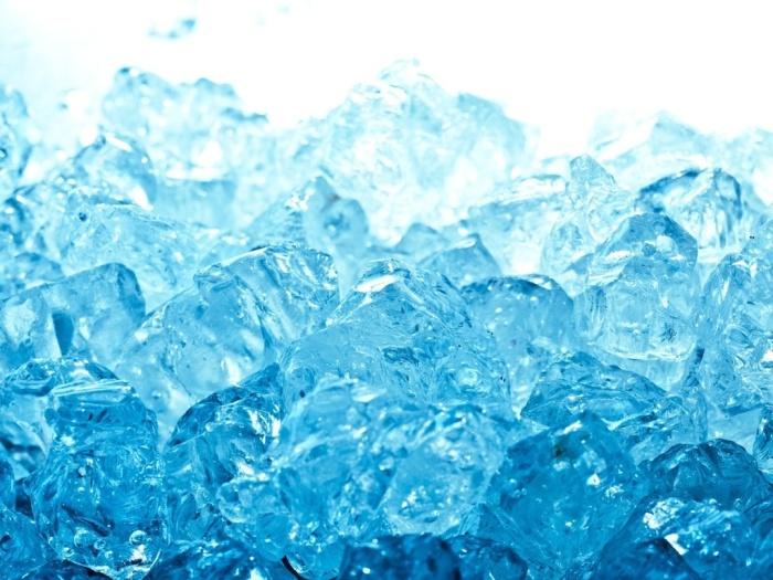 Нужен лед.