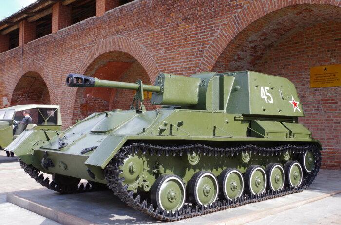 СССР охотники на танки понадобились в качестве дешевой и убойной альтернативы самим танкам. /Фото: smolbattle.ru.