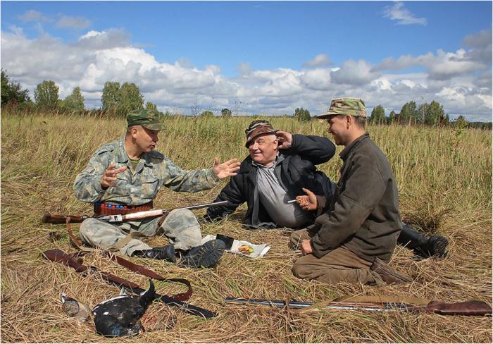 Не следует игнорировать общение с опытными коллегами. /Фото: gazeta-76.com.