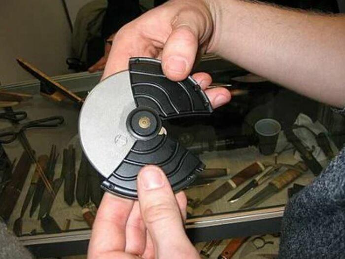 Очень компактный ножик. /Фото: ya.ru.