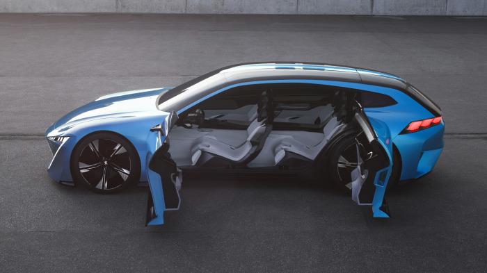 Автомобиль будущего Peugeot Instinct.