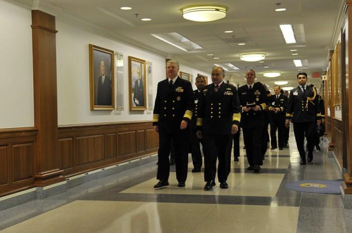 Очень много коридоров. /Фото: livejournal.com.