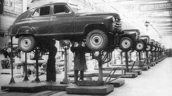 Собрали около пяти тысяч таких ГАЗ-М72.