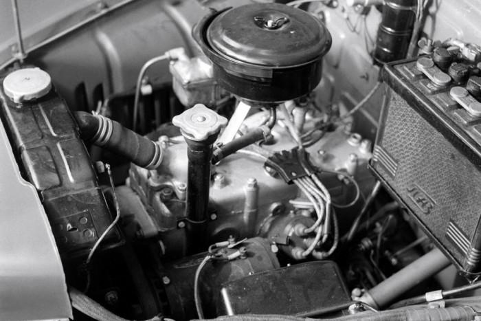 Силовой агрегат у ГАЗ-М72 был от Победы.