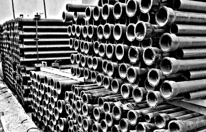 Чугунная труба - вещь капитальная. /Фото: eurobion.info.