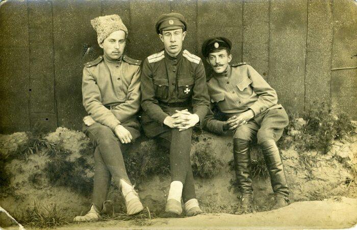 Гимнастерка появилась в царской армии. /Фото: forum.ww2.ru.