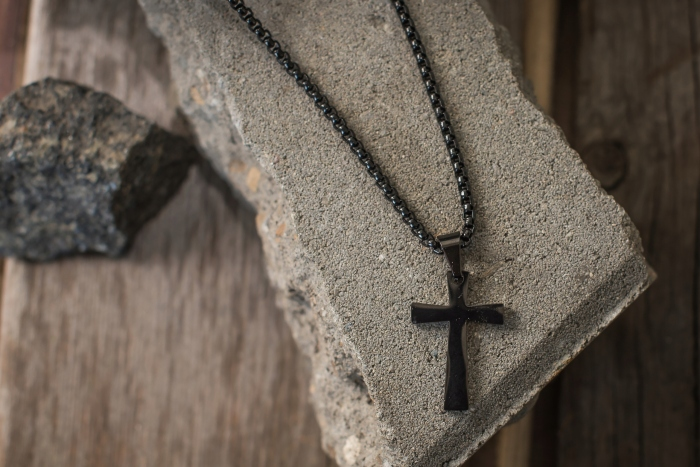 Латинский крест очень простой. /Фото: aredi.ru.