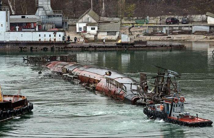 Она перевернулась: может ли подобное случиться с подводной лодкой в воде
