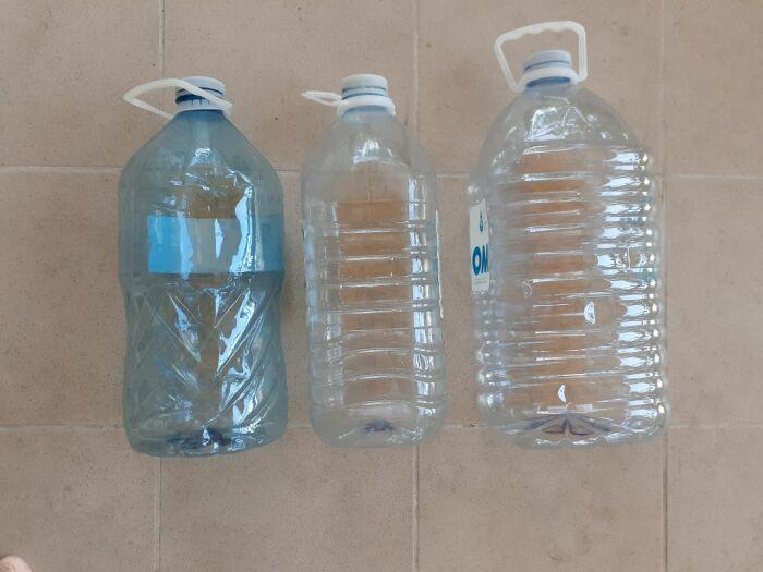 Используем разные бутылки. /Фото: 999.md.