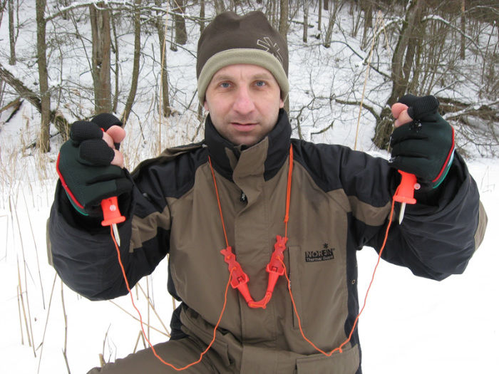 Без спасалок на лед ни шагу. /Фото: salmoru.com.