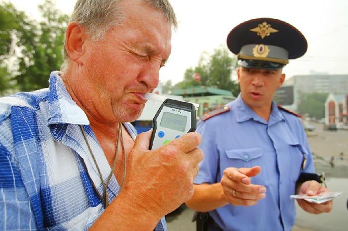 Алкотестер может банально сломаться. /Фото: alcogolizm.com.
