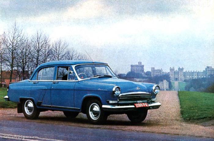 Первым был праворульный ГАЗ-21П.