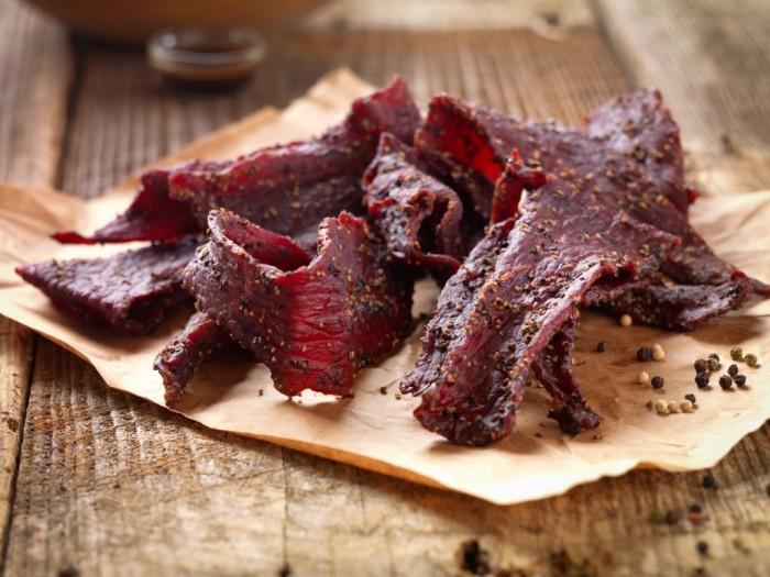 Чаще всего мясо на флоте вялили или солили. | Фото: clutch.ua.
