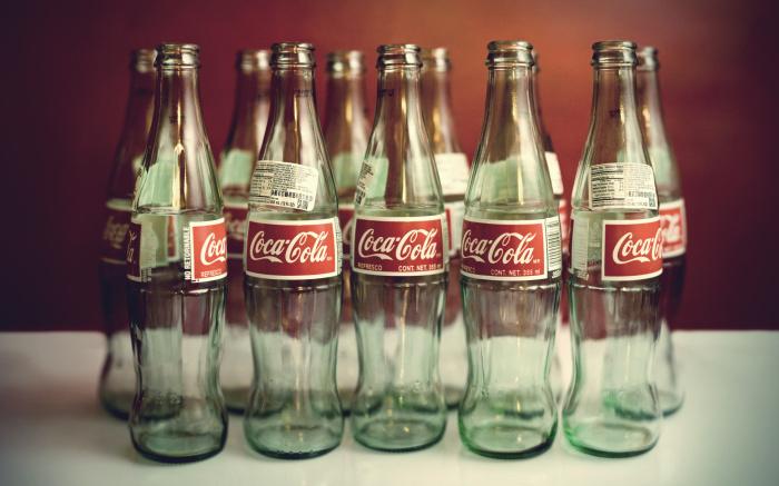Стекло - самая химически устойчивая емкость. /Фото: topoboi.com.