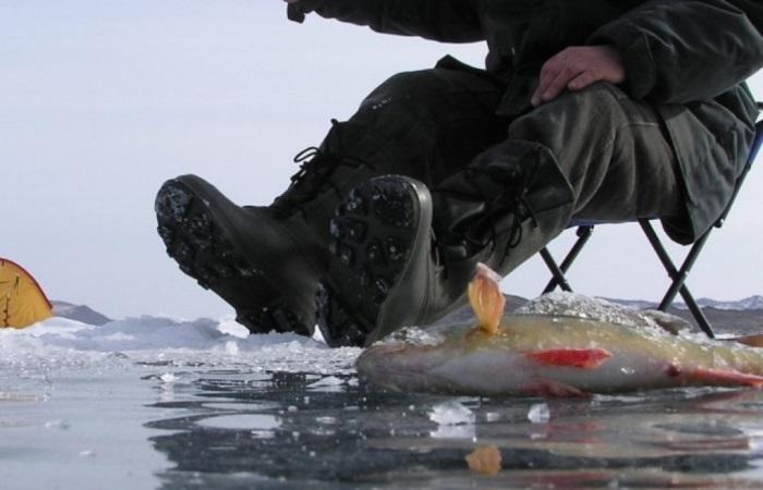 Как выжить на зимней рыбалке.