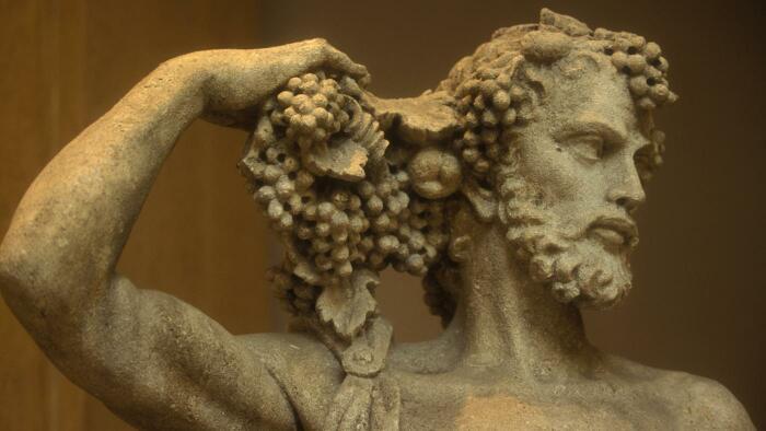 В античном мире к бороде было нормальное отношение. /Фото: talesfromaroundtheworld.com.