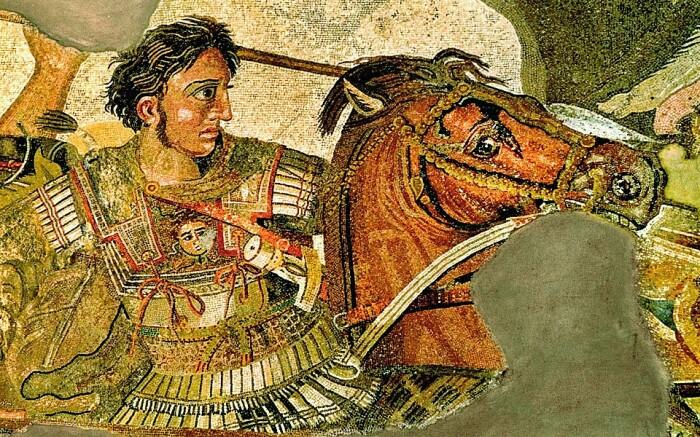 Одним из первых на бороды посягнул Александр Великий. /Фото: grecorent.com.