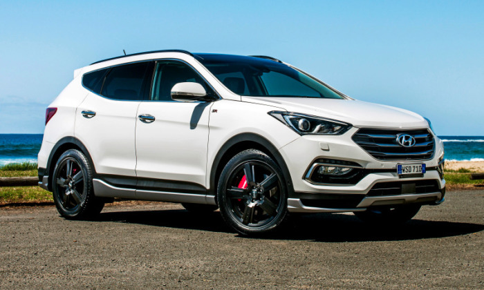 Худшим за 2005 год был признан  Hyundai Santa Fe. |Фото: wallhere.com.