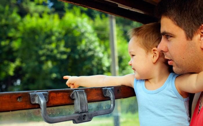 На детях можно хорошо сэкономить.