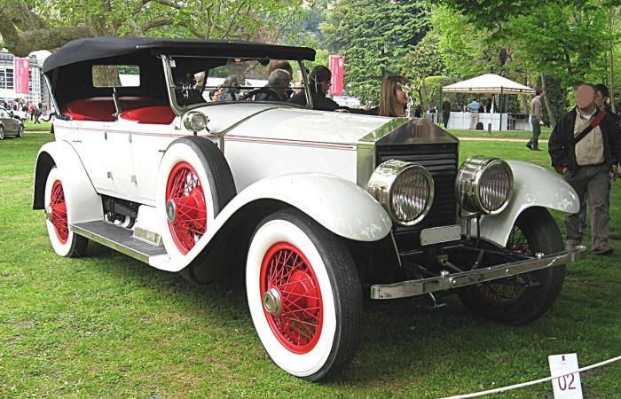 Rolls-Royce Silver Ghost - автомобиль, перекочевавший из императорского гаража к вождю мирового пролетариата