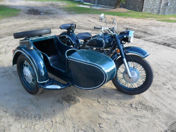 Для испытаний использовали мотоциклы Днепр МТ-9. /Фото: drive2.ru.