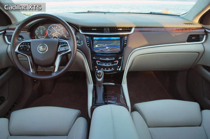 Роскошный Cadillac XTS радует своим салоном.