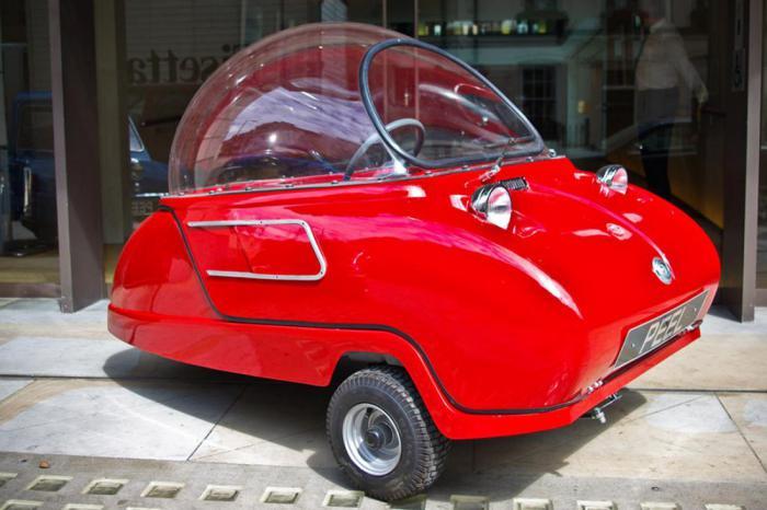 Официально самый маленький автомобиль на Земле.