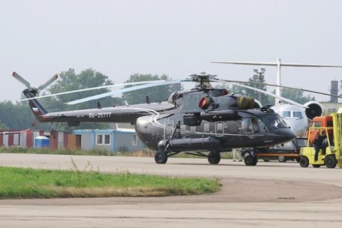 Неожиданно - вертолет, однако именно на нем летает олигарх.