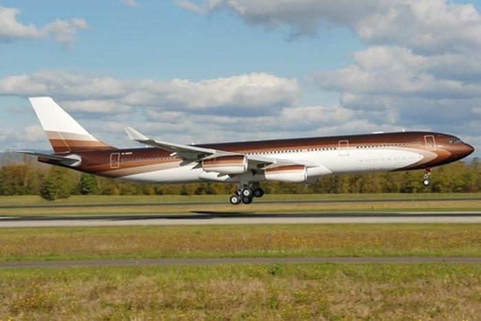 Огромный Airbus A340-300 был еще и улучшен.